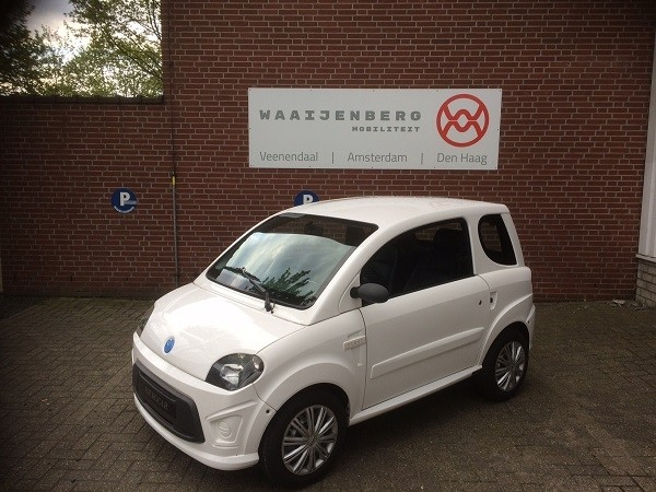 Microcar Due First wit (gereserveerd MvdS)